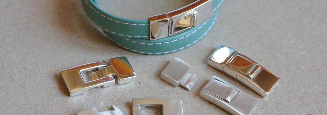 Fermoirs en argent massif pour vos bracelets en cuir.